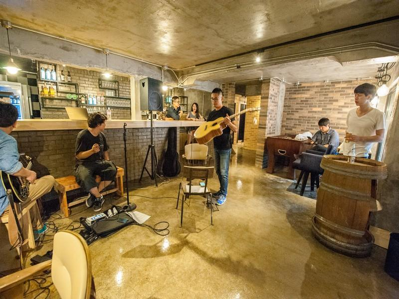 inno-hostel-and-pub-lounge-hongdae4